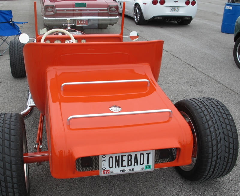 ROW - Ford Roadster 3-web