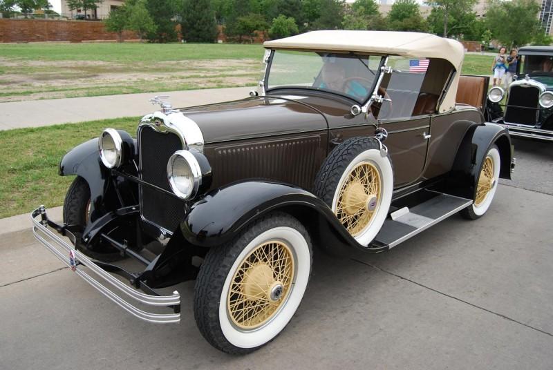 Cadillac oakland for Cadillac motor car company