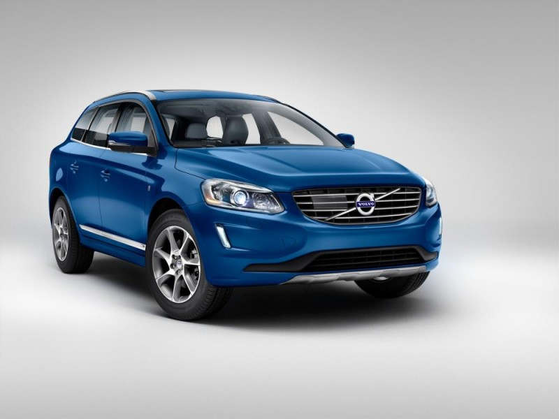 154074_Volvo_Unveils_Limited_Edition_Volvo_Ocean_Race_XC60_at_Miami_International