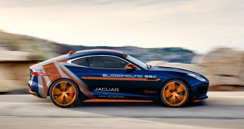 jaguar-f-type-r-awd-bloodhound-ssc-rapid-response-vehicle_100511152_h