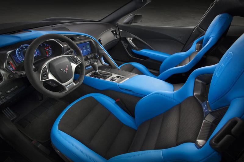 2017-Chevrolet-Corvette-GrandSport-006
