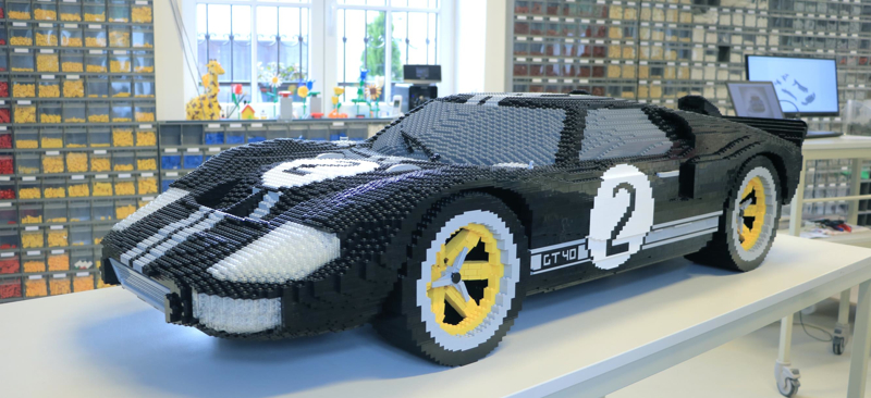 Ford_LegoFordGT_01